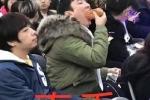 王思聪吃热狗是什么梗